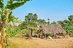 L'hutte des farmr, Ava, Myanmar images stock