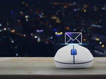 L'icona della posta, ci contatta concetto Immagini Stock Libere da Diritti