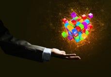 L'idée de nouvelles technologies et l'intégration ont présenté par le chiffre de cube Photo stock