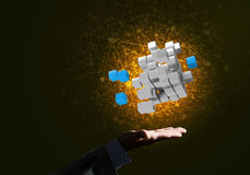 L'idée de nouvelles technologies et l'intégration ont présenté par le chiffre de cube Images stock