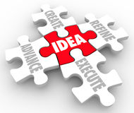 L'idée créent anticipé raffinent exécutent des morceaux de puzzle de plan de stratégie Photo libre de droits