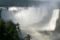l'iguassu tombe au Brésil Photographie stock libre de droits