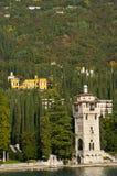 L'IL Vittoriale sur le policier Italie de lac Photos stock