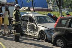 l'illustration de véhicule des accidents 3d a isolé le blanc rendu Image libre de droits