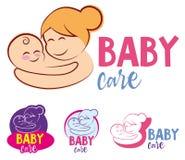 L'illustrazione di vettore del simbolo stilizzato di vettore del bambino e della madre, mamma abbraccia il suo modello di logo de illustrazione di stock