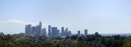 L.A. Im Stadtzentrum gelegenes Skyline-Panorama stockbilder