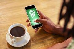 L'image composée d'appeler offre le texte avec des icônes sur l'écran vert Image stock