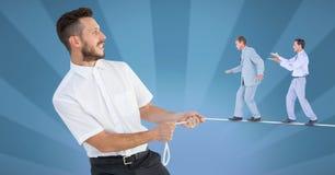 L'image composée de Digital des hommes d'affaires marchant sur la corde s'est tenue par le directeur illustration libre de droits