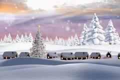 L'image composée de la neige a couvert le village Photographie stock