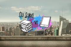 L'image composée de la vieille école contre la nouvelle école sur la peinture éclabousse Photos libres de droits