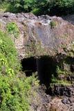 L'image courante de l'arc-en-ciel tombe, grand Isalnd, Hawaï Images libres de droits
