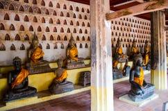 L'image de Bouddha en Wat Si Saket est un wat bouddhiste à Vientiane image libre de droits