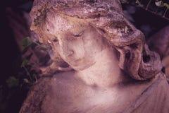 L'image de cru d'une religion triste d'ange, foi, la mort, ressuscitent image libre de droits