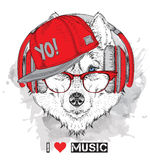 L'image du chien de traîneau dans les verres, écouteurs et dans le chapeau de hip-hop Illustration de vecteur Photos stock