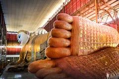 L'immagine adagiantesi di Buddha immagini stock