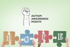 L'immagine composita delle mani che sostengono il puzzle di speranza collega Fotografie Stock