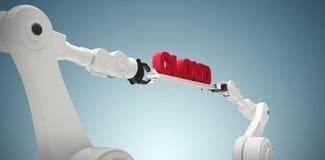 L'immagine composita delle mani robot meccaniche che tengono la nuvola manda un sms a Fotografia Stock