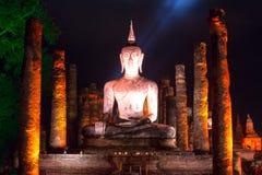 L'immagine di Buddha alla notte Immagine Stock