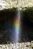 L'immagine di riserva dell'arcobaleno cade, grande Isalnd, Hawai Fotografia Stock