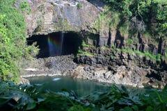 L'immagine di riserva dell'arcobaleno cade, grande Isalnd, Hawai Fotografie Stock