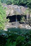 L'immagine di riserva dell'arcobaleno cade, grande Isalnd, Hawai Fotografia Stock Libera da Diritti