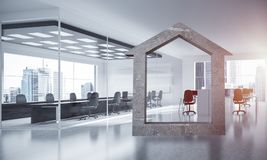 L'immagine di sfondo concettuale di domestico concreto firma dentro il offi moderno Immagini Stock