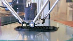l'imprimante 3D effectue la création de produit Photos libres de droits