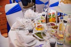 L'indennità ha decorato la tavola di nozze Fotografie Stock Libere da Diritti
