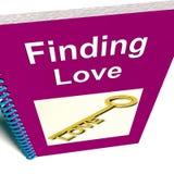 L'individuazione del libro di amore mostra il consiglio di relazione Immagine Stock
