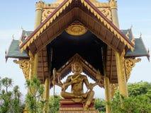 l'indonésie sorabaya Quatre ont fait face à la statue de Bouddha Photo libre de droits