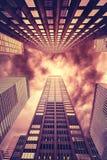 L'inferno gradisce la foto stilizzata dei grattacieli di Manhattan, NYC fotografia stock libera da diritti
