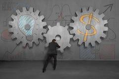 L'ingranaggio grande di montaggio per l'idea è concetto dei soldi Fotografia Stock Libera da Diritti