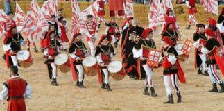 L'inizio del tartufo giusto in alba (Cuneo), è stato tenuto per più di 50 anni, la corsa dell'asino Fotografie Stock