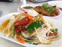 L'insalata della papaia è popolare in Tailandia Immagine Stock Libera da Diritti