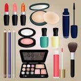 L'insieme dei cosmetici e compone la spazzola Fotografia Stock Libera da Diritti