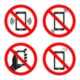 L'insieme dei segni del telefono cellulare è proibito su un fondo bianco Fotografia Stock