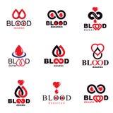 L'insieme dei simboli di vettore ha creato sul tema di donazione di sangue, tra del sangue royalty illustrazione gratis