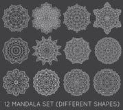 L'insieme del frattale etnico Mandala Vector Meditation Tattoo guarda il lik Immagine Stock