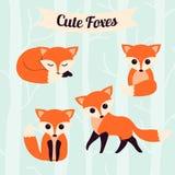 L'insieme del fumetto sveglio foxes nello stile piano semplice moderno Illustrazione di vettore Immagine Stock