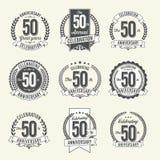 L'insieme dell'anniversario d'annata Badges la cinquantesimo celebrazione di anno illustrazione vettoriale