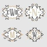 L'insieme di retro modelli alla moda dell'emblema del monogramma royalty illustrazione gratis