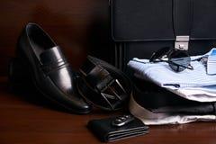L'insieme di uomo gli accessori dell'abbigliamento e di affari di modo Fotografie Stock
