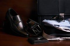 L'insieme di uomo gli accessori dell'abbigliamento e di affari di modo Fotografia Stock