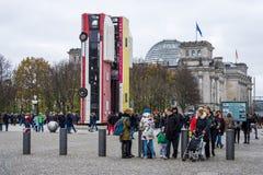 L'installation du ` de monument de ` d'illustration Photo libre de droits