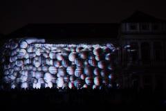 L'installazione Mutis di Videomappaing da Tigrelab ha proiettato al fest di casa della luce di segnalazione di Tyrs del monumento Fotografia Stock Libera da Diritti