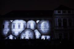 L'installazione Mutis di Videomappaing da Tigrelab ha proiettato al fest di casa della luce di segnalazione di Tyrs del monumento Fotografie Stock