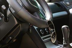L'intérieur à l'intérieur de la voiture Photo stock