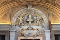 L'intérieur d'une des salles du musée de Vatican Image stock