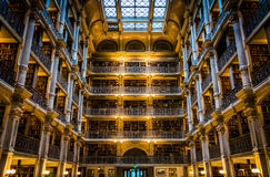 L'intérieur de la bibliothèque de Peabody dans Mount Vernon, Baltimore, Photographie stock