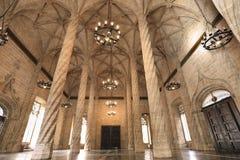 L'intérieur de Llotja de la Seda à Valence Photos stock